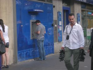 img_2094paris-bank-2.jpg